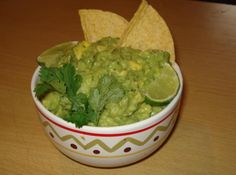 Chunky Guacamole with Cumin (Guacamole con Cumino) ~~~ Simply delicious! This guacamole has a subtle tartnes, balanced heat and a creamy and chunky texture. Served with crispy tortilla chips it's a winner. Mexican Food Recipes, New Recipes, Favorite Recipes, Ethnic Recipes, Yummy Recipes, Recipies, Mexican Meals, Party Recipes, Mexican Dishes
