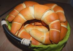 Kifli - light and fluffy savory twisty bun rolls made from a milky dough. Slovak Recipes, Hungarian Recipes, Pastry Recipes, Bread Recipes, Cooking Recipes, Hungarian Food, Good Healthy Recipes, Veggie Recipes, Dessert Drinks