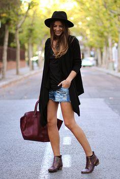 trendy_taste-look-outfit-street_style-AW13-denim_shorts-shorts_vaqueros-vince_camuto-asos-oversize_cardigan-asos-ripped_jeans-vaqueros_rotos-burgundy_handbag-snake_booties-bolso_granate-botines_serpiente-black_hat-sombrero_negro-zara-polaroid-9 by Trendy Taste, via Flickr