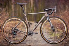 BFS2017: Rondo Ruut - adjustable geometry fat gravel bikes from EU upstart in carbon, alloy & steel - Bikerumor