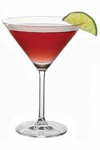 The Campari cosmo recipe creates a vodka cocktail that's perfect for a dinner party. Pairing Campari and Skyy Citrus Vodka, it's an impressive drink. Vodka Martini, Vodka Cocktails, Martinis, Drinks Alcohol Recipes, Yummy Drinks, Drink Recipes, Martini Recipes, Cosmopolitan, Drink