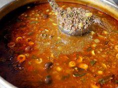 Sarravulho é um cozido de carnes e miúdos