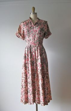 vintage 1940s dress / 40s dress / Pink Petals by Dronning on Etsy, $78.00