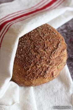 Gluténmentes kovászos kenyér (teljes kiőrlésű) - Nóra mindenmentes konyhája Bangers And Mash, Zucchini Fritters, Bratwurst, Food Containers, Paleo, Food And Drink, Low Carb, Vegan, Health