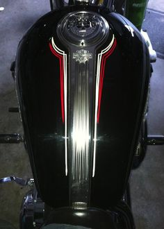 Pinstriping classic design