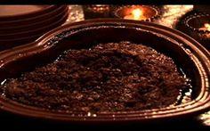 Confira a receita de bolo quente de Natal da Nigella - Receitas - Receitas GNT