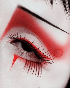 inspired eye make up by 😍 Edgy Makeup, Gothic Makeup, Asian Makeup, Fantasy Makeup, Makeup Inspo, Makeup Art, Makeup Inspiration, Fairy Makeup, Mermaid Makeup