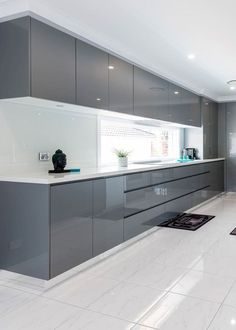 30 Fabulous Modern Kitchen Cabinet Design Ideas - Kitchen cabinets that hold and store pots, pans and other kitchen equipment have been the mainstay of any kitchen, throughout the ages. Luxury Kitchen Design, Contemporary Kitchen Design, Interior Design Kitchen, Modern Contemporary, Modern Luxury, Modern Design, Diy Interior, Contemporary Apartment, Modern Interior