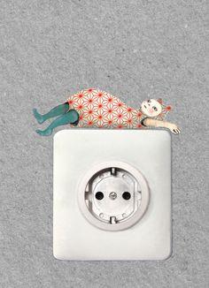 Lichtschalterfigur:  Pappfigur zum ankleben an die Wand und verschönern und beleben von Lichtschaltern und Steckdosen.