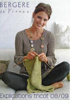 Gilet Archives - Laine et tricot Crochet Magazine, Knitting Magazine, Knitting Books, Historical Costume, How To Look Pretty, Lana, Retro Fashion, Knit Crochet, Archive