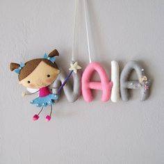 Little fairy personalized felt name wall door by UnBonDiaHandmade  Colgador de pared/puerta, habitación de bebe, nombre de fieltro