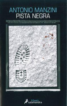 A consecuencia de un turbio incidente con el hijo de un poderoso políltico, Rocco Schiavone, subjefe de la policía de Roma, ha sido «desterrado» a una pequeña ciudad del valle de Aosta, en los Alpes italianos. La ocasión se presenta cuando aparece un cadáver aplastado bajo las huellas de una máquina pisanieves en una de las estaciones de esquí de la zona. Antonio Manzini: Pista negra (Salamandra)