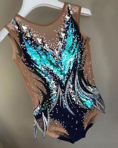Gymnastics Suits, Gymnastics Costumes, Gymnastics Workout, Acrobatic Gymnastics, Rhythmic Gymnastics Leotards, Dance Outfits, Dance Dresses, Red Leotard, Sports Trousers
