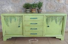 Annie Sloan chalk paint and real leaves for printing