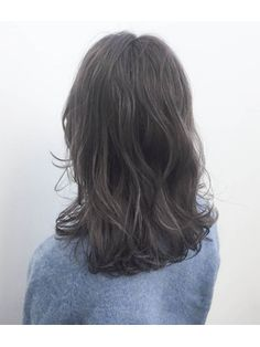 トルネード(Tornado) 外国人風セミロング ハイライトグラデーション ブルーグレージュ Medium Hair Styles, Long Hair Styles, Long Bob Hairstyles, Beautiful Long Hair, Brown Hair Colors, Great Hair, Hair Looks, New Hair, Hair Cuts
