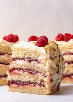 White Chocolate Almond Raspberry Cake Just Desserts, Delicious Desserts, Dessert Recipes, Baking Recipes, Raspberry Filling, Almond Cakes, Let Them Eat Cake, Sweet Recipes, Best Cake Recipes