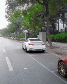 Humor Discover best parallel parking car - a bit funny - Jokes Auto Gif Carros Lamborghini Parallel Parking Bmw Jeep Jeep Cars Cool Inventions Funny Clips Funny Jokes Auto Gif, Carros Lamborghini, Lamborghini Gallardo, Parallel Parking, Amazing Cars, Awesome, Bmw Autos, Bmw I8, Cool Inventions