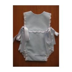 Ranita / Baby romper Baby Sewing Projects, Sewing For Kids, Kids Outfits, Cute Outfits, Heirloom Sewing, Little Girl Dresses, Kids Wear, Baby Knitting, Baby Dress