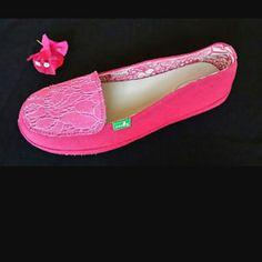 Brand new womens Sanuks Meadow Brand new Sanuks Sanuk Shoes Flats & Loafers