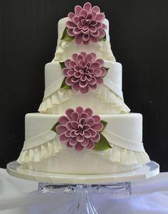 Gorgeous Flower Wedding Cake Design