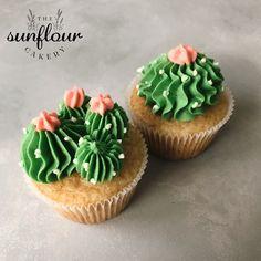 Girl Birthday Cupcakes, Cupcakes For Boys, Pretty Cupcakes, Girl Cupcakes, Wedding Cakes With Cupcakes, Cupcake Party, Cupcake Cakes, Vegan Vanilla Cupcakes, Buttercream Cupcakes