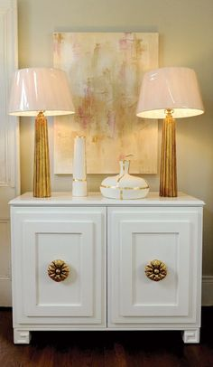 Chapetones enormes 38 Glam Gold Accents And Accessories For Your Interior | DigsDigs