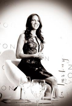 AVON escogió a Paola Turbay como inspiración para el perfume que lleva su nombre, debido a sus características como persona, ya que es una ...