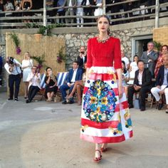What To Wear In Capri (According To Dolce & Gabbana)