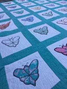 VintageFlour Sack Butterflies Appliqué Quilt