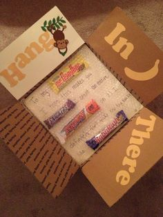 """""""Hang in there"""" care package ooh Amanda Snelson Snelson Wheatley this could be a. """"Hang in there"""" care package ooh Amanda Snelson Snelson . Missionary Care Packages, Deployment Care Packages, Craft Gifts, Diy Gifts, Care Box, College Gifts, College Food, Creative Gifts, Have Time"""