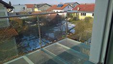 #Balkon aus #Edelstahl und #Glas Steyr, Windows, Mansions, House Styles, Home Decor, Stainless Steel, Corning Glass, Balcony, Decoration Home