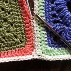 PLT Join for Granny Squares (decorative, quick, lays flat): http://cypresstextiles.net/2016/01/22/sc-jayg-with-plt-join/