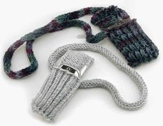 The Knifty Knitter: Cell Phone Cover