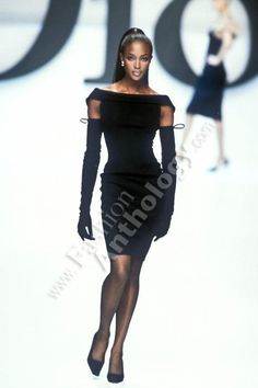 CHRISTIAN DIOR (pret a porter / boutique) Autumn Fall Winter 1996 / 1997 - paris fashion week - Designer: Gianfranco Ferre - naomi campbell