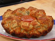 Garlic knot bread