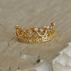 "Gold Diamond tiara ring ""Tiara, Crown 18 18 k gold gold DIAMOND diamond ゆびわ ring ring jewelry for women women's store size Gift Giveaway. Gold Rings Jewelry, Cute Jewelry, Jewelry Accessories, Women Jewelry, Fashion Jewelry, Cheap Jewelry, Jewelry Ideas, Jewelry Design, Jewellery"