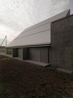 Galeria de Auditório Plantahof / Valerio Olgiati - 5