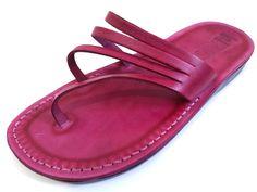 VENTA! Nuevas sandalias de cuero con tirantes. Zapatos para Mujeres y Hombres Chancletas Cintas Pisos Calzado de Diseñador Bíblico de Jesús  de Sandalimshop en Etsy https://www.etsy.com/mx/listing/237798245/venta-nuevas-sandalias-de-cuero-con