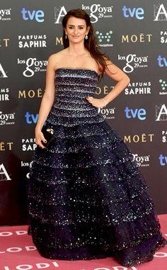 Penelope Cruz looks STUNNING at the 2015 Goya Cinema Awards in Madrid, Spain!