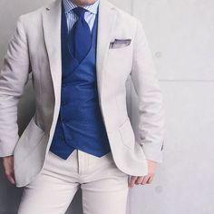 . 2016/09/14. . おはようございます. . 今日は全身ベージュで✨ ちなみにスーツじゃないです. . Jacket #LBM1911 Shirt&Chief #beamsf Gilet #Bevilacqua Tie #STEFANOCAU Pants #PT01 * * * #mensstyle #mensfashion #menswear #mnswr #wiwt #fashion #fashionstyle #fashionable #me #photooftheday #picoftheday #instagood #instastyle #instafashion #IGfashion #instacool #coordinate #dapper #ootd #outfit #outfitpost #fashiongram #gentleman #jacket