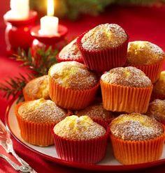 Lussekatter2013 Christmas Food Treats, Christmas Sweets, Very Merry Christmas, Christmas Baking, Grandma Cookies, Mini Muffins, Something Sweet, No Bake Desserts, Mini Cupcakes
