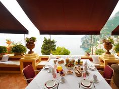 Amalfi Coast Luxury Villa in Tuscany sleeps 9 pax with Indoor Pool Tuscany Villa Rentals, Travel Info, Positano, Amalfi Coast, Luxury Villa, Table Settings, Indoor, Table Decorations, Italy