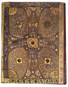 The lower cover of Lindau Gospel, 9th century.