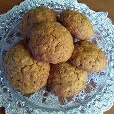 Ελαφριά μπισκότα βρώμης με άρωμα πορτοκάλι συνταγή από ariadnibb - Cookpad Healthy Desserts, Healthy Recipes, Greek Cookies, Kids Menu, Tea Time, Cookie Recipes, Biscuits, Muffin, Food And Drink