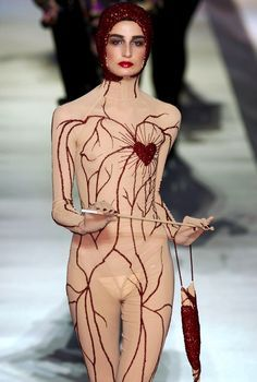 Erin O'Connor in Jean Paul Gaultier Autumn 2003   b i z a r / tomtom   Pinterest   Jean Paul Gaultier, Haute couture and Couture