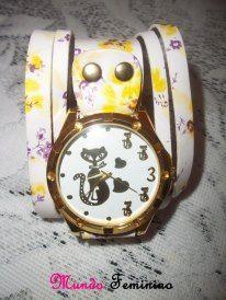 Sigo @lilianbritoblog e participo do sorteio de um lindo relógio, vem você também  http://lilianbritoblog.blogspot.com.br/2013/03/16-sorteio-do-blog.html!!!
