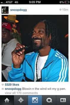 Snoop and his #vape