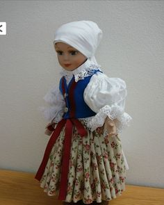 Puppets in traditional costumes from STŘÍLKY - MORAVA 18 Inch Doll, Puppets, American Girl, Harajuku, Projects To Try, Bohemian, Traditional, Costumes, Dolls