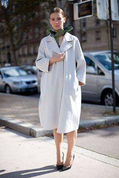 vika gazinskaya scarf minimalist look white coat street style