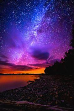 italian-luxury: Night on the Lake...